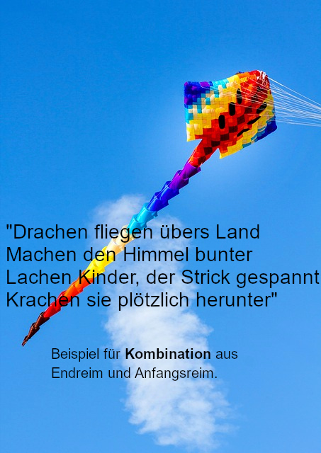 bunter Drache fliegt in der Luft
